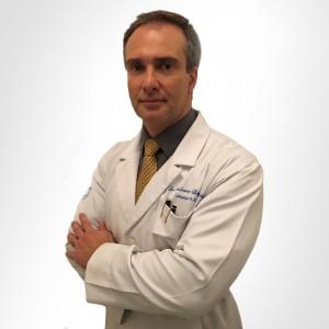 Dr. Roberto Braga Rocha - Cirurgia Plástica